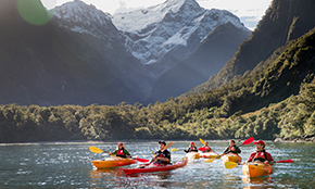 Milford Sound<br/>Cruise & Kayak