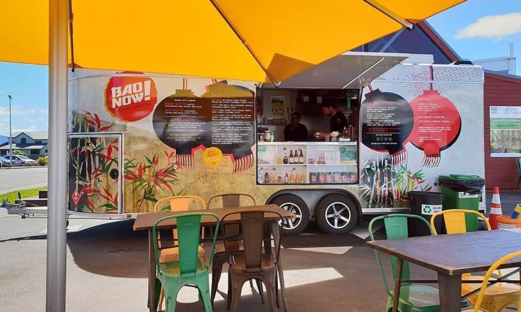 Food track in downtown Te Anau